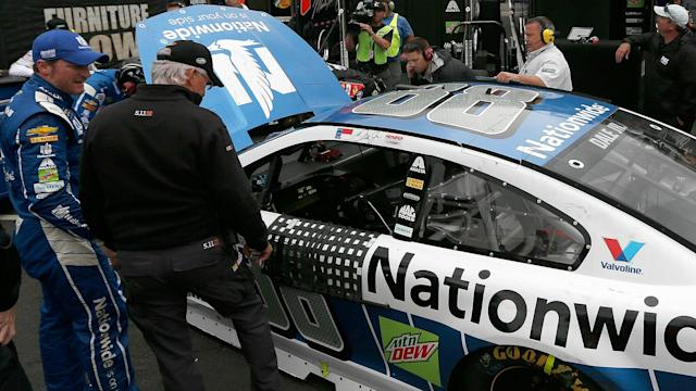 Dale Earnhardt Jr.'s run of bad luck continued Monday at Bristol, as he hit the wall on a restart at the Food City 500.