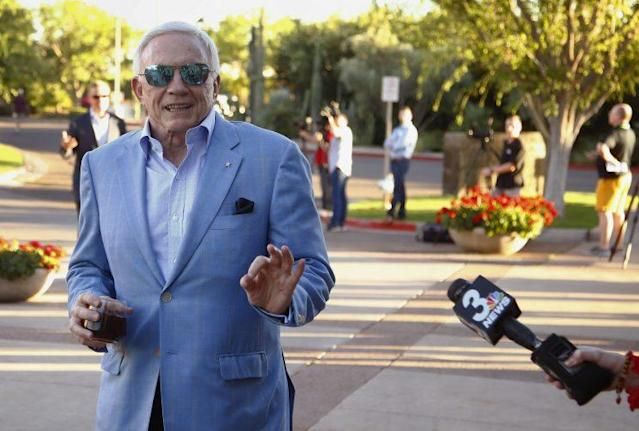 Jerry Jones and the Cowboys are pushing to host the 2018 NFL draft. (AP)