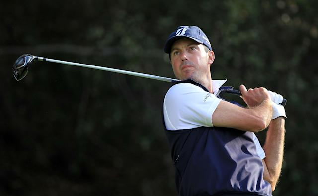 THOUSAND OAKS, CA - DECEMBER 02: Matt Kuchar hits his tee shot on the 18th hole during the second round of the Chevron World Challenge at Sherwood Country Club on December 2, 2011 in Thousand Oaks, California. (Photo by Scott Halleran/Getty Images)