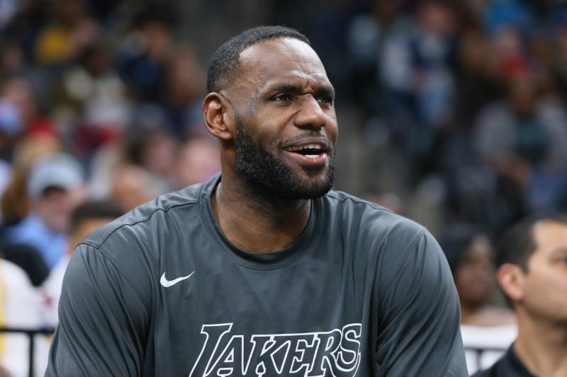 LeBron talks about virus' impact on NBA in podcast