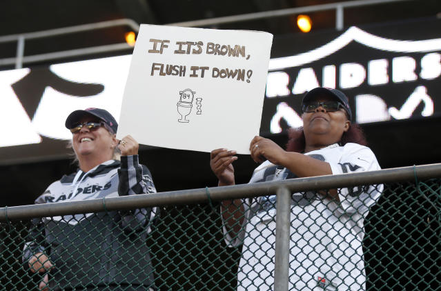 Oakland Raiders fans (Photo by Jane Tyska/MediaNews Group/The Mercury News via Getty Images)