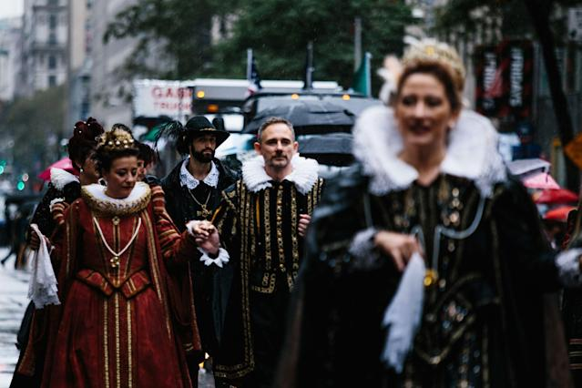 <p>People march Fifth Avenue during the 73rd Annual Columbus Day Parade in New York, Oct. 9, 2017, celebrating the anniversary of Christopher Columbus's arrival in the Americas in 1492. (Photo: Alba Vigaray/EPA-EFE/REX/Shutterstock) </p>