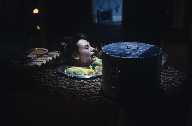 "Laurie Metcalf in the ""BOO!"" episode of <em>Roseanne </em>(Photo: ABC)"