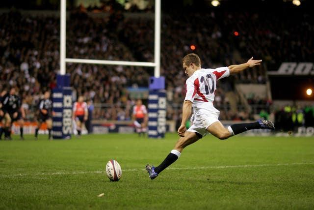 Jonny Wilkinson converts Jason Robinson's second try during the RBS 6 Nations win over Scotland.