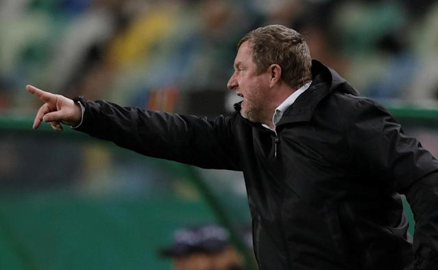 Soccer Football - Europa League Round of 16 First Leg - Sporting CP vs Viktoria Plzen - Estadio Jose Alvalade, Lisbon, Portugal - March 8, 2018 Viktoria Plzen coach Pavel Vrba gestures REUTERS/Rafael Marchante