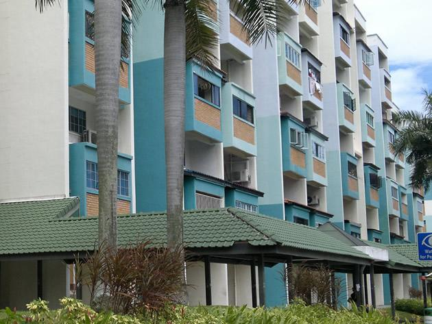 A couple was attacked outside their flat in Tampines on Monday. (Yahoo! file photo)