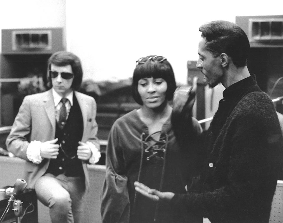 Spector stands behind Ike and Tina Turner atGold Star Studios in Los Angeles in 1966. (Photo: Ray Avery via Getty Images)