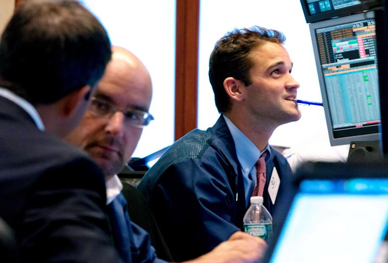 Stocks fall, sending Dow to worst week of year