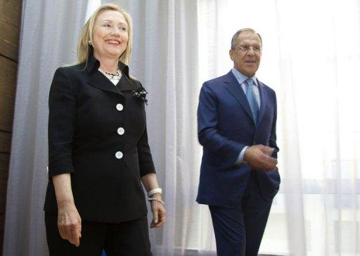 US Secretary of State Hillary Clinton (L) meets with Russian Foreign Minister Sergey Lavrov
