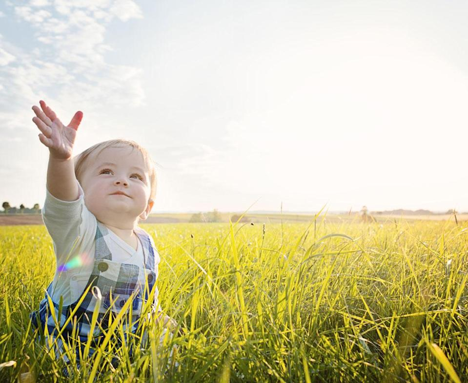 Sun safety for your children should include sunscreen made especially for toddlers. (Photo: Getty Images)