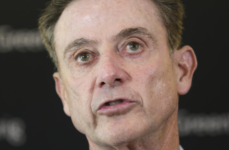 Rick Pitino sticks to his vow, says he won't attend Kentucky Oaks