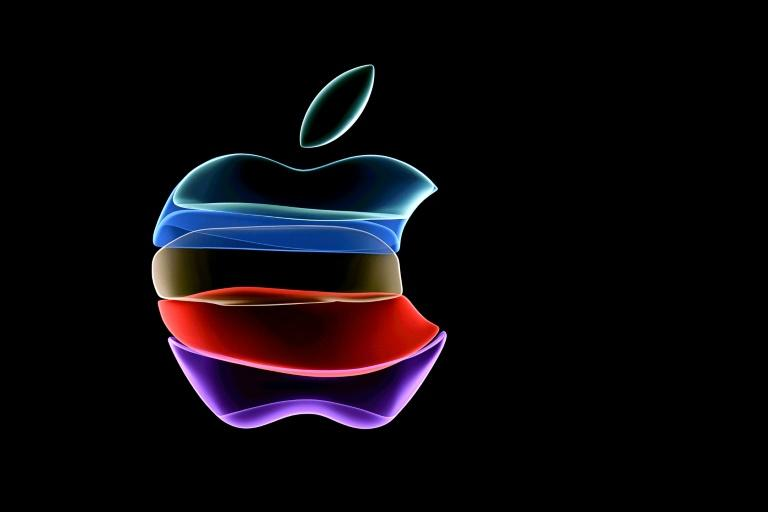 Apple out to reignite growth with line updates