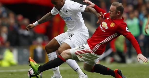Foot - ANG - 35e j. - Manchester United cale contre Swansea