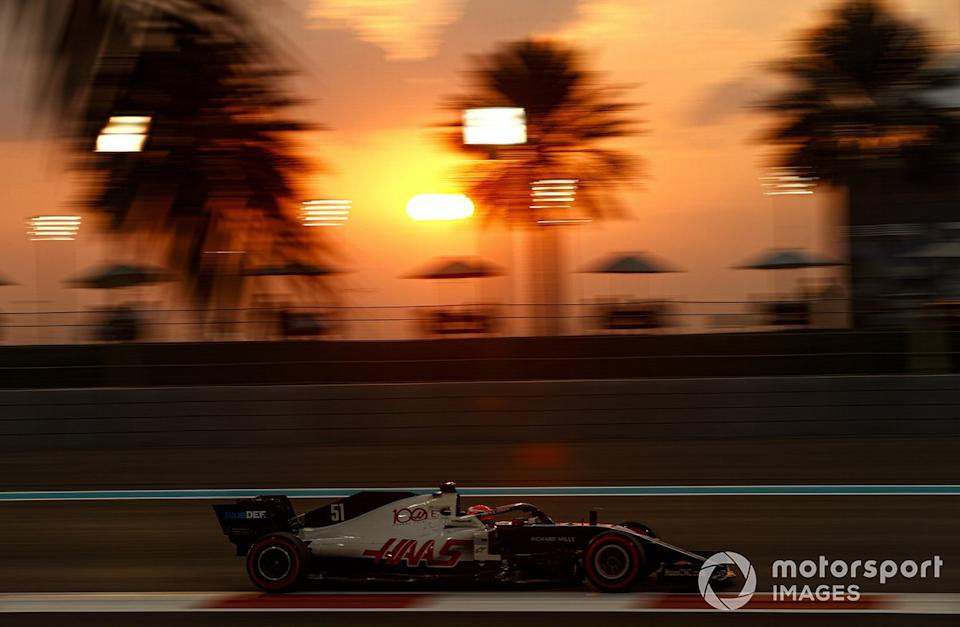 """Pietro Fittipaldi, Haas F1 Haas VF-20<span class=""""copyright"""">Andy Hone / Motorsport Images</span>"""