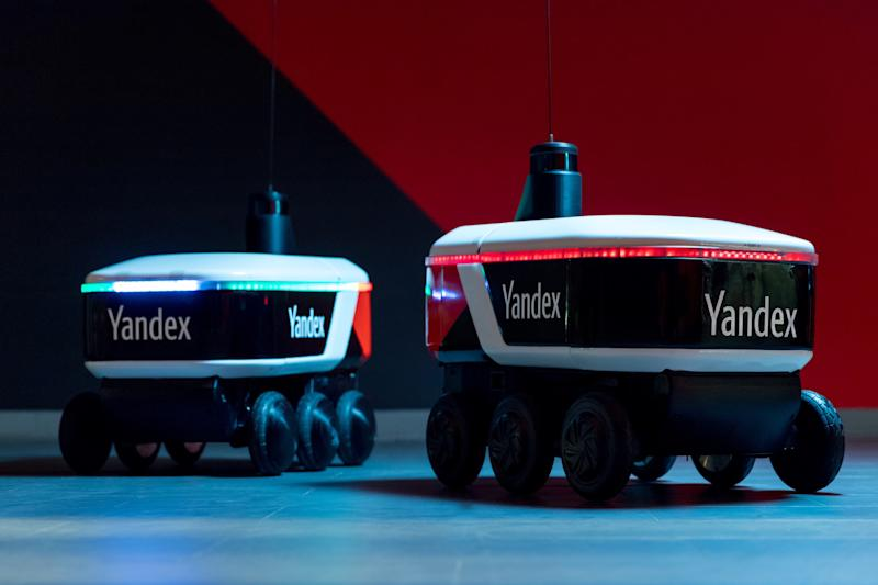 YandexRover_delivery_robot_2