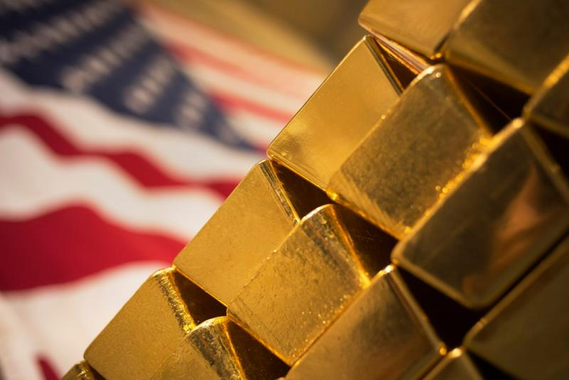 Gold Prices Set to Drop on Prospects of Stronger Dollar and Higher US Rates