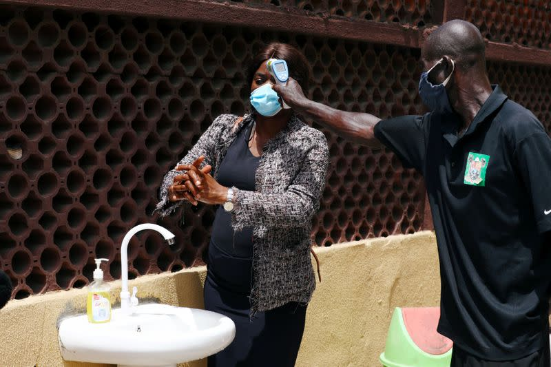 Nigerian virus hunters in race against COVID-19 in Africa's giant