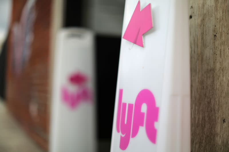 Lyft buys digital car-top advertising startup Halo Cars
