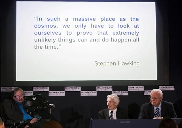 <p>Professor Stephen Hawking (L) speaks at a media event to launch a global science initiative as Cosmologist Martin Rees (C) and Astronomer Frank Drake look on at The Royal Society in London, Britain, July 20, 2015. (Photo: Neil Hall/Reuters) </p>