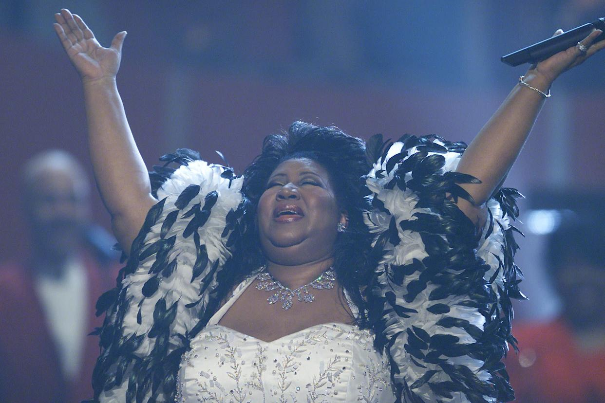 """Performing at """"VH1 Divas Live: The One and Only Aretha Franklin"""" held at Radio City Music Hall in New York City in 2001."""