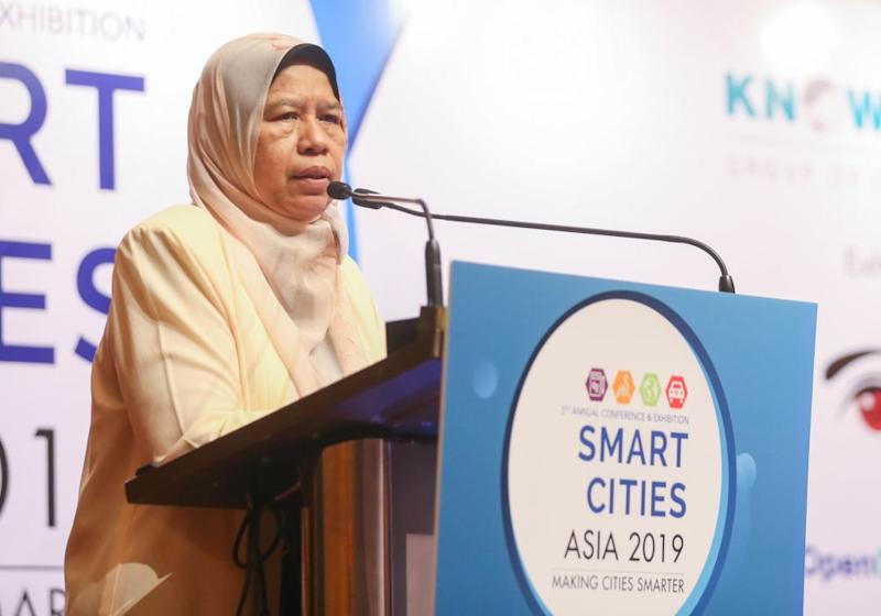 Housing and Local Government Minister Zuraida Kamaruddin speaks at the 2019 Smart Cities Asia Conference and Exhibition in Kuala Lumpur September 11, 2019. — Picture by Firdaus Latif
