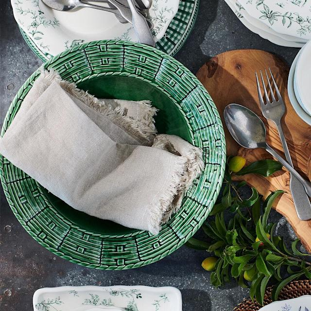 Cut down on disposables and upgrade your outdoor dining. Linen napkins + grilled hotdogs = summer smiles. (Photo: Sur La Table)