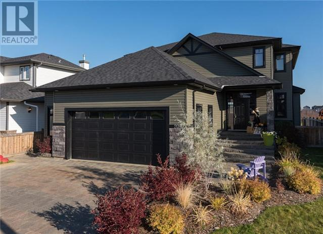 <p><span>209 Trillium Rd., Fort McMurray, Alta.</span><br> Location: Fort McMuray, Alberta<br> List Price: $985,000<br> (Photo: Zoocasa) </p>