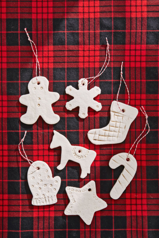 "<p><a href=""https://www.countryliving.com/diy-crafts/g4965/salt-dough-ornament-ideas/"">Salt dough ornaments</a> are a classic gift—and for good reason. They're simple, subtle, and so thoughtful!</p><p><strong>Make the ornamen</strong><strong>ts:</strong> Combine 4 cups all-purpose flour, 1 cup salt, and 1 1/2 cups of warm water in a mixing bowl. Knead until the dough is firm and smooth. Roll out dough and cut desired shapes (use a straw to poke a hole for hanging). Bake at 300°F until dry, approximately 1 hour; cool completely.</p><p><a class=""body-btn-link"" href=""https://www.amazon.com/Resinta-Christmas-Natural-Wrapping-Totally/dp/B077M9HVWK?tag=syn-yahoo-20&ascsubtag=%5Bartid%7C10050.g.645%5Bsrc%7Cyahoo-us"" target=""_blank"">SHOP TWINE</a></p>"