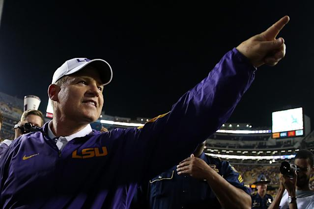 "Les Miles might be the man to stabilize the <a class=""link rapid-noclick-resp"" href=""/ncaaf/teams/kansas/"" data-ylk=""slk:Kansas Jayhawks"">Kansas Jayhawks</a>. (Getty)"