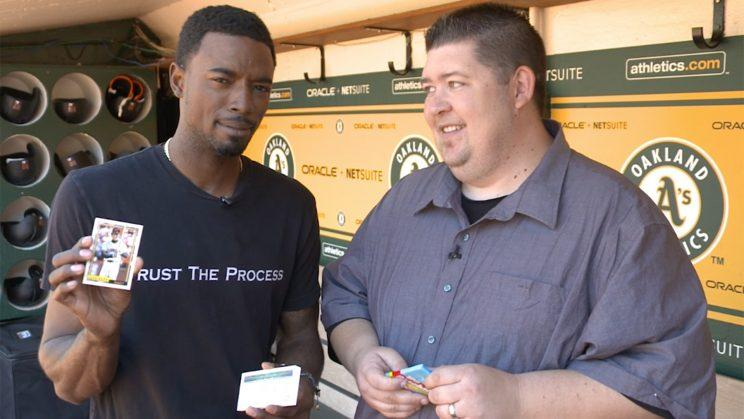 Dee Gordon opening 1992 Topps baseball cards. (Yahoo Sports)