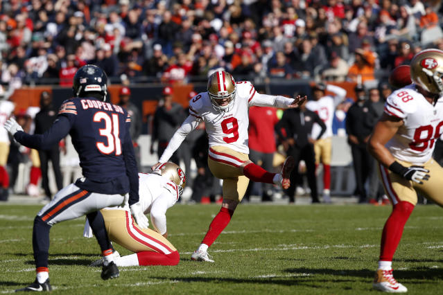 "<a class=""link rapid-noclick-resp"" href=""/nfl/players/7520/"" data-ylk=""slk:Robbie Gould"">Robbie Gould</a> seems to still have plenty of love for the <a class=""link rapid-noclick-resp"" href=""/nfl/teams/chicago/"" data-ylk=""slk:Chicago Bears"">Chicago Bears</a>. (Photo by Kena Krutsinger/Getty Images)"