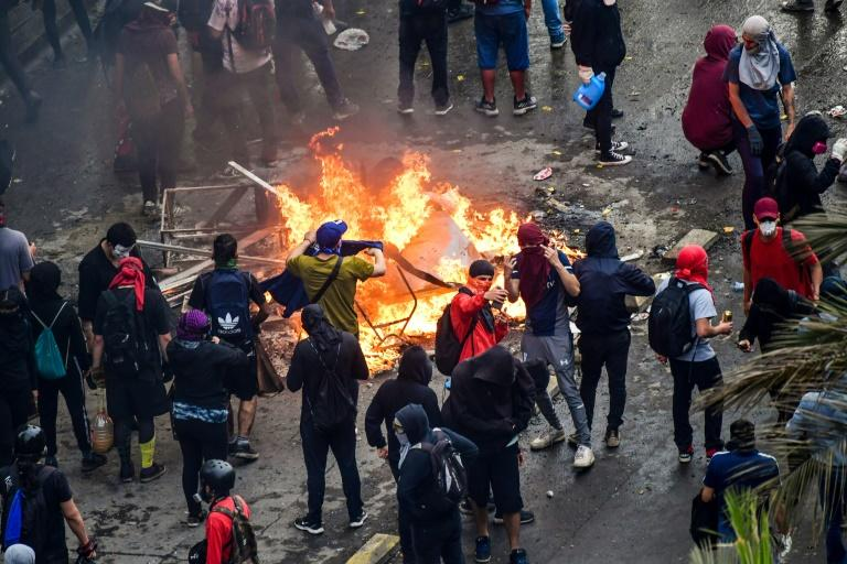 Protests rage again against Chilean President Sebastian Pinera's government in Santiago on November 8, 2019