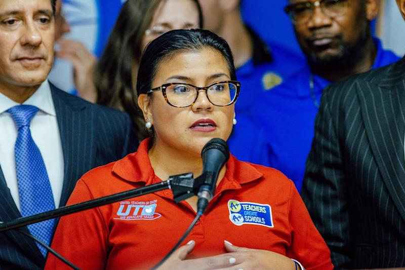 Miami-Dade teachers union ratifies new contract. Starting teachers to get big raise
