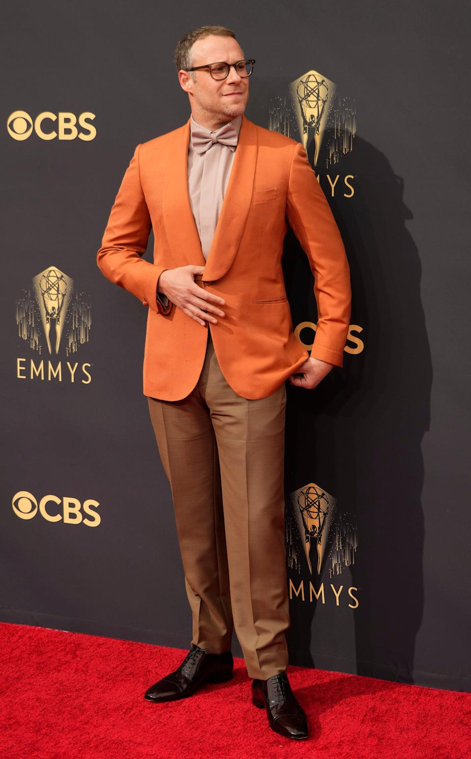 Seth Rogen stops on the red carpet before presenting at Sundays 73rd Emmy Awards in Los Angeles.