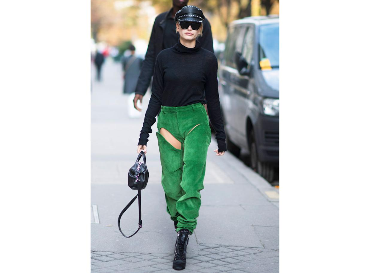 "<h2>In An Unravel Turtleneck, Y/Project Pants, Giuseppe Zanotti Boots, Givenchy Bag And Dsquared2 Hat</h2>                                                                                                                                                                             <p><p>In Paris, 2017</p>                                                                                                                                                                               <h4>Getty Images</h4>                                                                                                                 <p>     <strong>Related Articles</strong>     <ul>         <li><a rel=""nofollow"" href=""http://thezoereport.com/fashion/style-tips/box-of-style-ways-to-wear-cape-trend/?utm_source=yahoo&utm_medium=syndication"">The Key Styling Piece Your Wardrobe Needs</a></li><li><a rel=""nofollow"" href=""http://thezoereport.com/entertainment/celebrities/taylor-swift-ready-for-it-music-video/?utm_source=yahoo&utm_medium=syndication"">Taylor Swift Just Teased Her New Music Video, And We're Not Ready For It</a></li><li><a rel=""nofollow"" href=""http://thezoereport.com/beauty/celebrity-beauty/gigi-hadid-lipstick-tutorial/?utm_source=yahoo&utm_medium=syndication"">Gigi Hadid Shares Her Genius Trick For Applying Lipstick</a></li>    </ul> </p>"