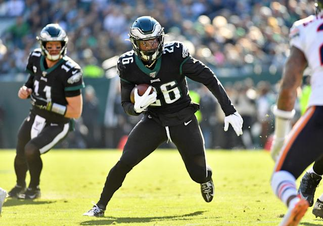 "<a class=""link rapid-noclick-resp"" href=""/nfl/players/31885/"" data-ylk=""slk:Miles Sanders"">Miles Sanders</a> might be looking at a heavy workload when the Eagles host the Patriots in Week 11. (Eric Hartline-USA TODAY Sports)"