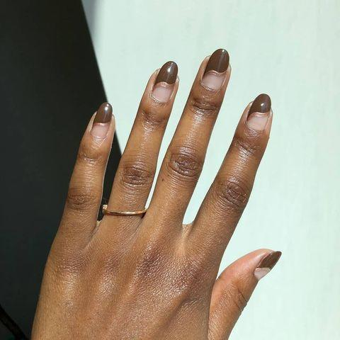"""<p>The richness of this glossy chocolate shade combined with the metallic of the rose gold is everything.</p><p><a href=""""https://www.instagram.com/p/CHs6BFIg7hV/"""" rel=""""nofollow noopener"""" target=""""_blank"""" data-ylk=""""slk:See the original post on Instagram"""" class=""""link rapid-noclick-resp"""">See the original post on Instagram</a></p>"""