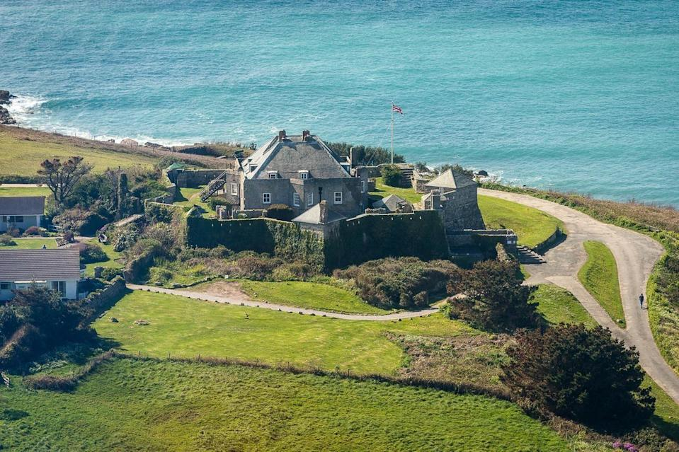 """<p>Stay at a 16th century castle for a coastal escape like no other. St Mary's Island boasts beautiful beaches, but you can also go island-hopping on the hotel's own boat (which also catches fresh fish and lobster for its two terrific restaurants).</p><p>There's everything you need at the castle - an indoor heated pool, its own vineyard, tennis, golf - but the beach and harbour are just a stroll away. Family and dog-friendly, it's a welcoming UK beach hotel for anyone.</p><p><a href=""""https://www.goodhousekeepingholidays.com/offers/isles-of-scilly-star-castle-hotel"""" rel=""""nofollow noopener"""" target=""""_blank"""" data-ylk=""""slk:Read our review of Star Castle."""" class=""""link rapid-noclick-resp"""">Read our review of Star Castle.</a></p><p><a class=""""link rapid-noclick-resp"""" href=""""https://go.redirectingat.com?id=127X1599956&url=https%3A%2F%2Fwww.booking.com%2Fhotel%2Fgb%2Fstar-castle.en-gb.html%3Faid%3D1922306%26label%3Dbeach-hotels-uk&sref=https%3A%2F%2Fwww.goodhousekeeping.com%2Fuk%2Flifestyle%2Ftravel%2Fg34584524%2Fbeach-hotels-uk%2F"""" rel=""""nofollow noopener"""" target=""""_blank"""" data-ylk=""""slk:CHECK AVAILABILITY"""">CHECK AVAILABILITY </a></p><p><strong>We want to help you stay inspired. Sign up for the latest travel tales and to hear about our favourite financially protected escapes and bucket list adventures.</strong></p><p><a class=""""link rapid-noclick-resp"""" href=""""https://hearst.emsecure.net/optiext/optiextension.dll?ID=Mf2Mbm2t6kFIB2qaqu7QV5QAIooPPMrcO%2BU6d2SmsL4zpSgeyQIbzx5P9sbmxMKLhPooFIrsXaC2MY"""" rel=""""nofollow noopener"""" target=""""_blank"""" data-ylk=""""slk:SIGN UP"""">SIGN UP</a></p>"""