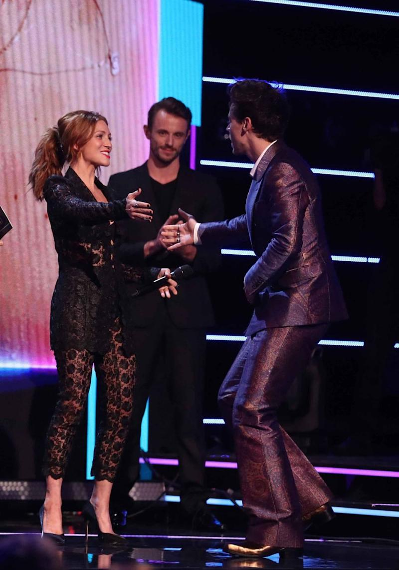 Brittany, along with her Pitch Perfect 3 co-stars, presented Harry with the Best International Artist Award at the ARIAs. Source: Getty