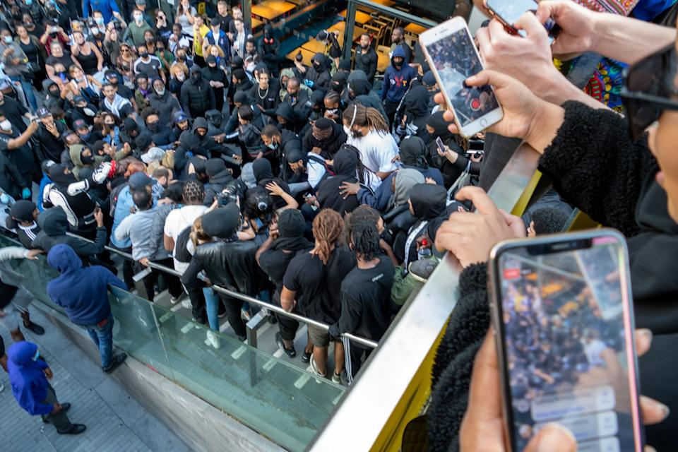A crowd gathered during the incident. (Vincenzo Lullo/SWNS)