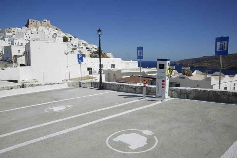 A project partly funded by Volkswagen aims to replace the island of Astypalea's cars with electric vehicles.
