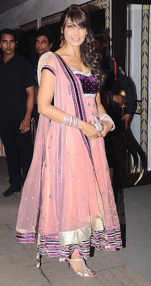 Bipasha's anarkali also works best for a ladies sangeet ceremony. If you're wearing a full-length anarkali, go for a big border at the end and around the duppatta too.