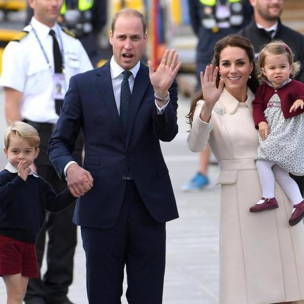 Prince William with Prince George, Princess Charlotte and Kate
