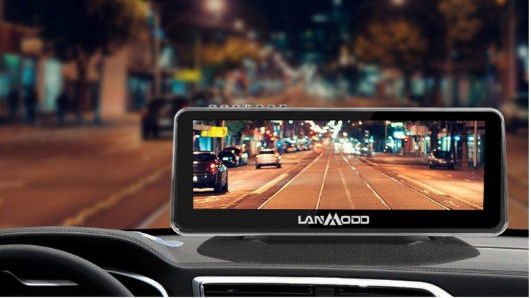 The LANMODO Vast Night Vision System mounted to a car dash.