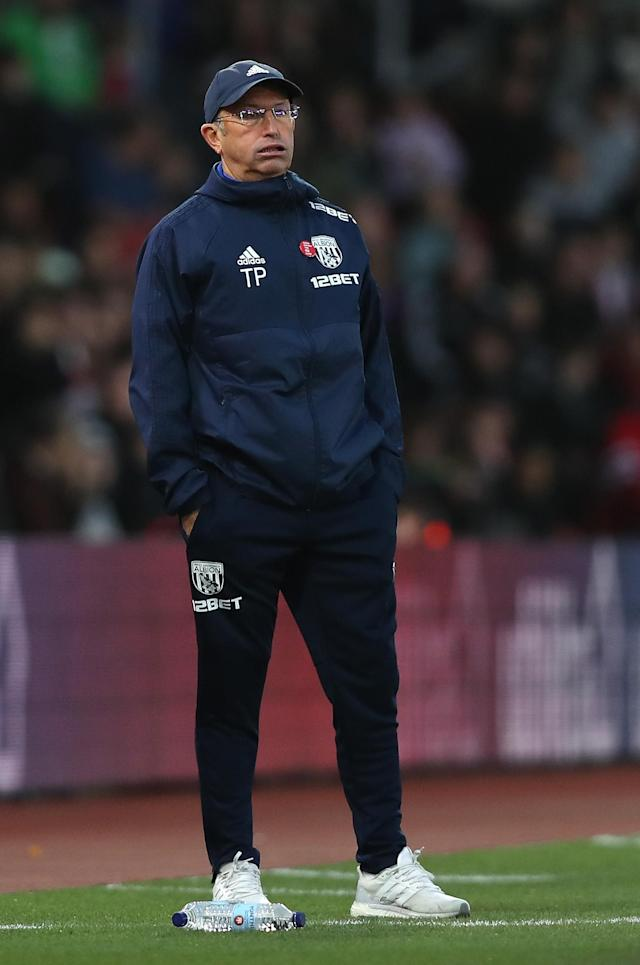 Tony Pulis looks on during West Brom's loss to Southampton.