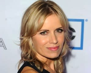 House of Cards Adds Kim Dickens to Season 3 Deck