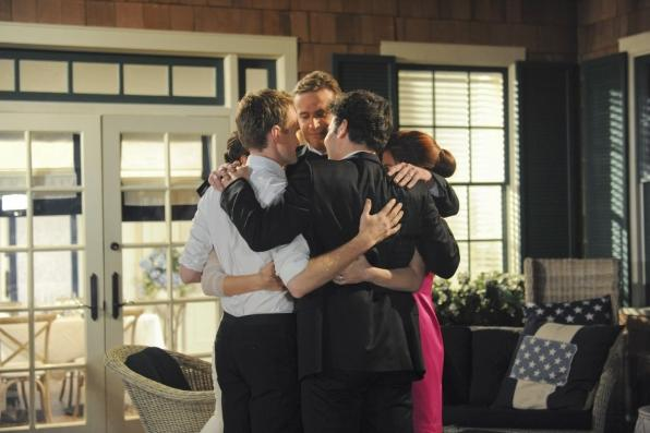 How I Met Your Mother Series Finale 'Last Forever' Spoiler Photos; Ted Finally Finishes Story