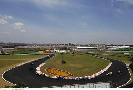 Formula One - F1 - Brazilian Grand Prix 2007 - Interlagos - Brazil - 21/10/07 General View of race track and race action Mandatory Credit: Action Images / Crispin Thruston