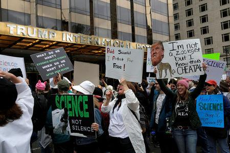 Thousands gather for March for Science rally downtown