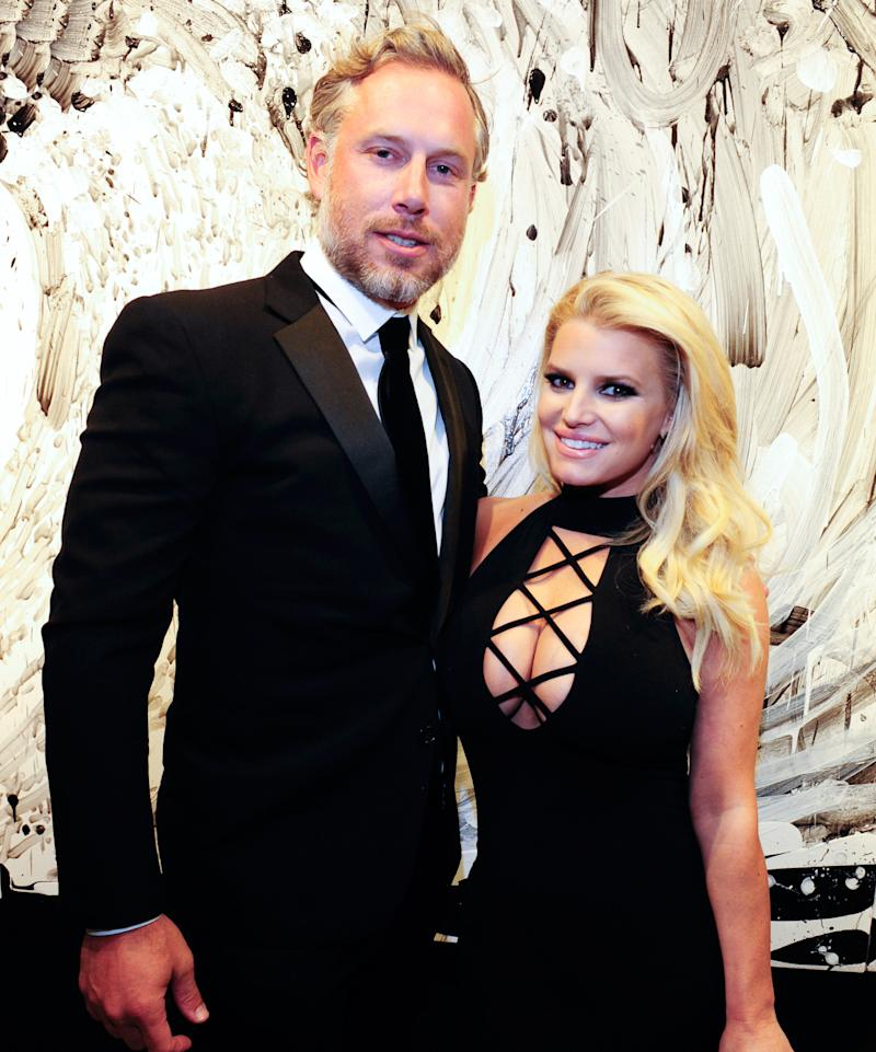 Jessica Simpson Wishes Hubby Eric Johnson Hy Birthday With The Iest Photo